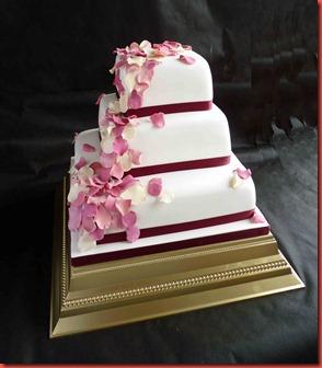 3-tier-petals-wedding-cake-in-burgundy