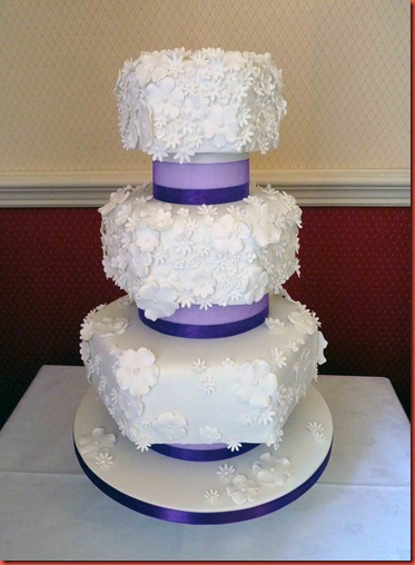 4-tier-White-Flowers-Hexagon-Wedding-Cake-PURPLE