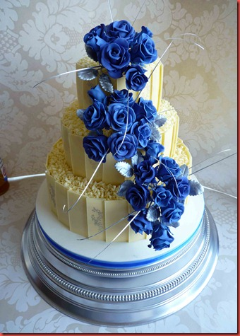 3-TIER-CHOCOLATE-PANEL-WEDDING-CAKE