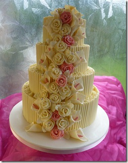 4-tier-cigerellos,-Rose-and-Lillies-wedding-cake
