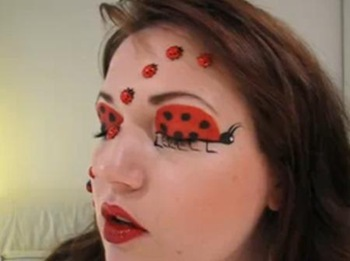 maquillaje de mariquita