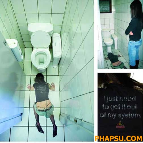 Creepy_and_Funny_Bathroom_Design__25.jpg