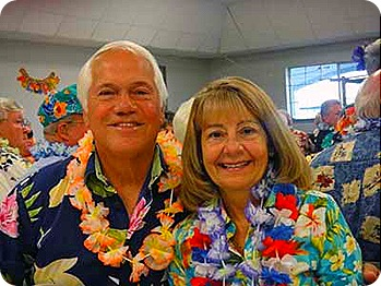 1c-luau-paul-and-marsha