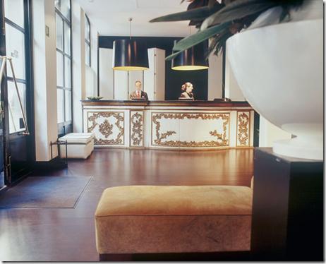 pulitzer lobby