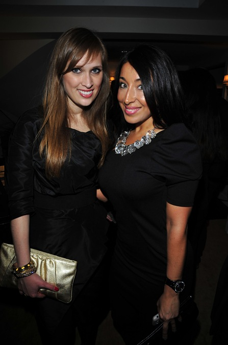 Paloma Contreras, Ashlina Kaposta==