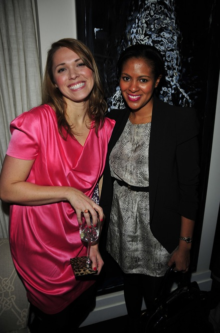 Jenny Komenda, Nicole Gibbons==