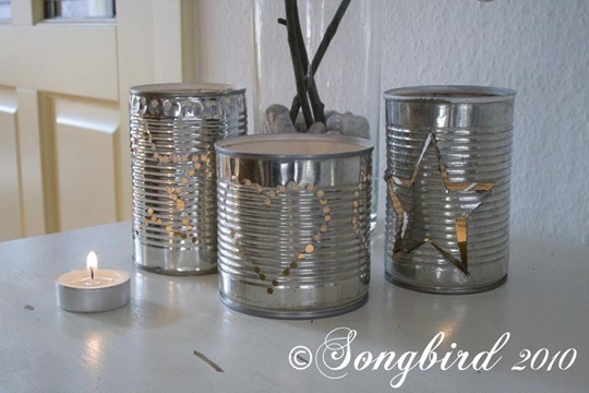 Christmas Tins Vignette 5