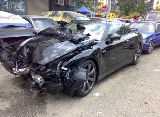 R35-crash
