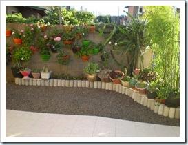 Canto do muro com jardim vertical