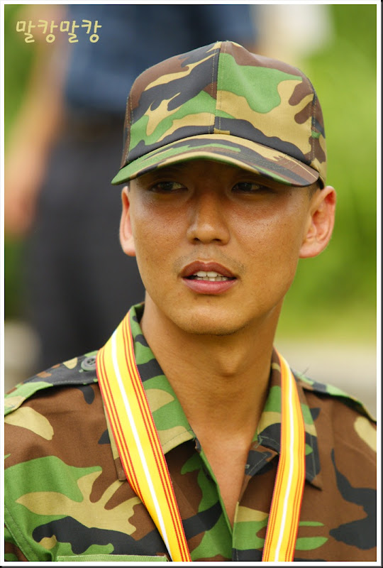 KimNamGil-FC.blogspot.com KNG military (108)