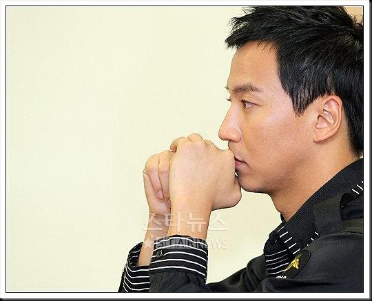 KimNamGil-FC.com Award form Mongolian Goverment (36)