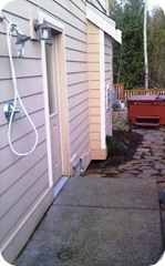 Outdoor Shower with Direct Access to the Hot Tub