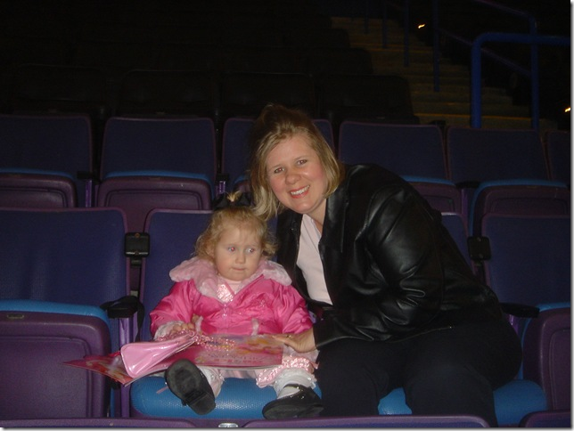 Disney Princesses on Ice and Monster Truck 008