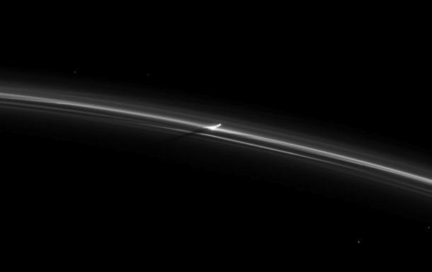 Previsões que espero que sejam como a maioria das outras. Cassini_saturno%5B6%5D