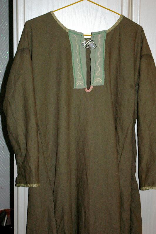 Robe mérovingienne (autre) SG1L7309