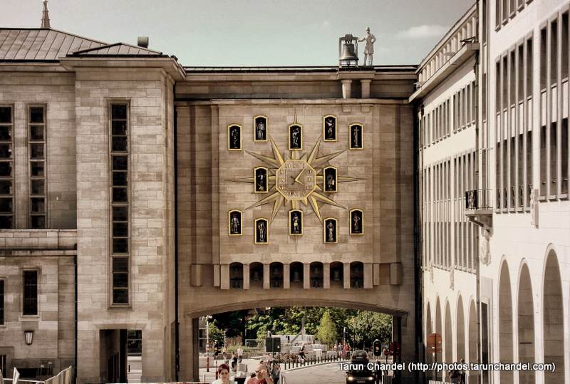 Clock Mont des Arts Belgium Brussels, Tarun Chandel Photoblog