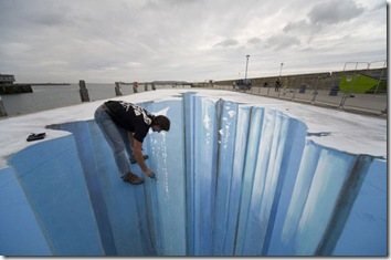 3d-street-art-the-crevass-001
