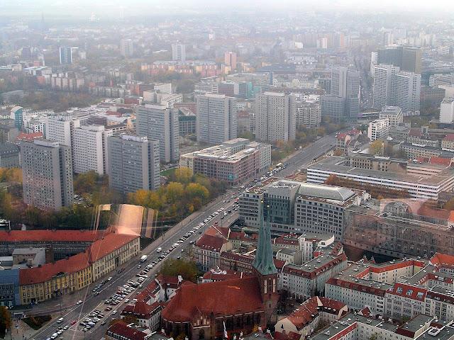 ☭ LA HUELLA SOCIALISTA SOVIETICA EN BERLIN ALEMANIA ☭ 049%20-%20Gran%20Manzana%20Socialista%20desde%20Fernsehturm
