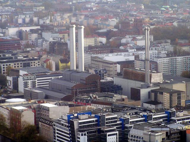 ☭ LA HUELLA SOCIALISTA SOVIETICA EN BERLIN ALEMANIA ☭ 050%20-%20Kraftwerk%20desde%20Fernsehturm