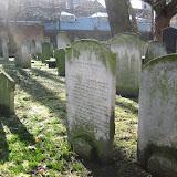 Det här är riktigt gamla gravstenar