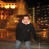 En lika nöjd Lusse på Trafalgar Square