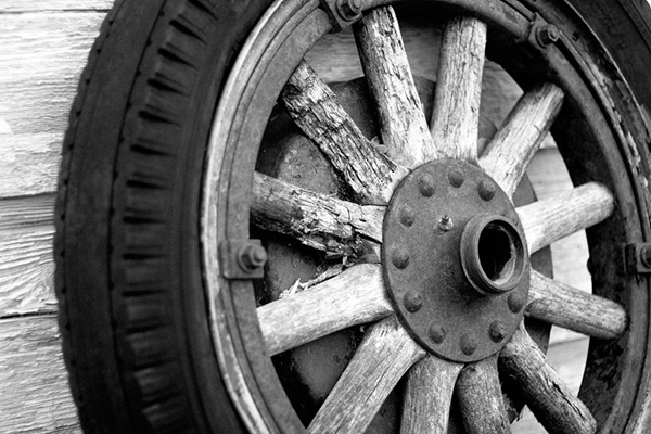 Monochrome-Monday-wheel-2
