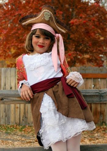 Rose as pirate