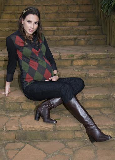 Sueter de Argile (Losangulos) e Jeans com Bota = Tendencia Forte Neste Inverno