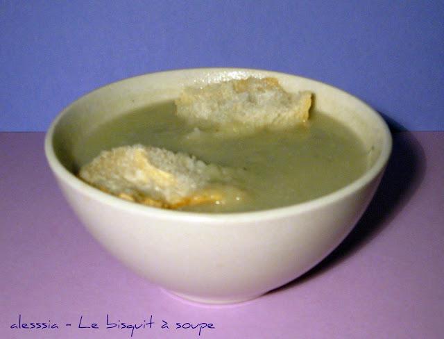 Zuppa raffinata di pere e gorgonzola