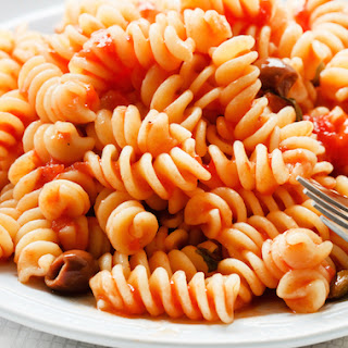 Simple Pasta with Hearty Tofu and Tomato Sauce