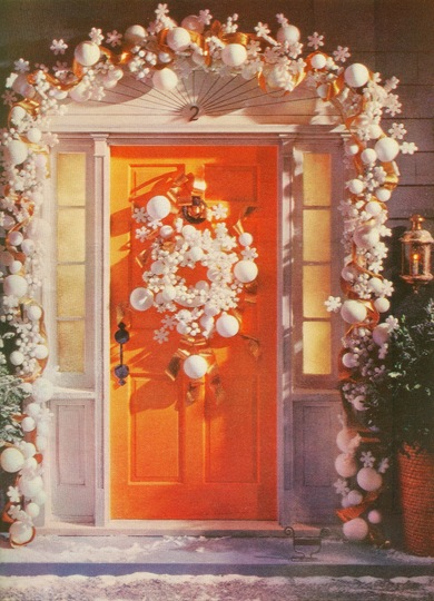 christmas front door mccalls 61