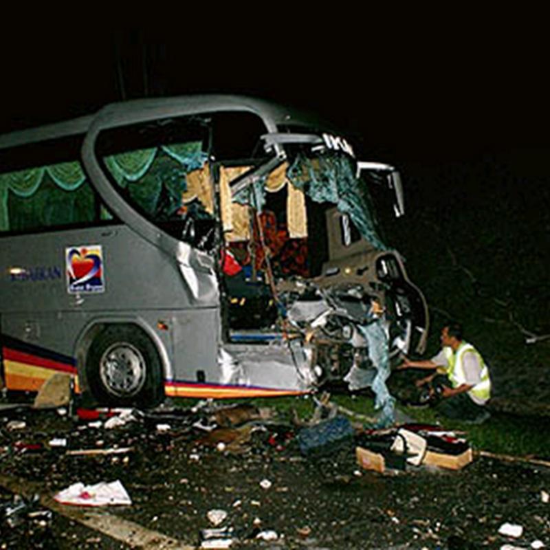 12 maut, lebih 40 cedera nahas bas ekpress di Melaka