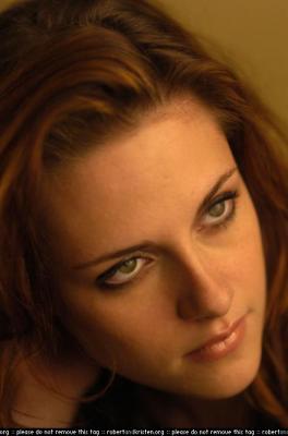 Bella (Kristen Stewart) Normal_003