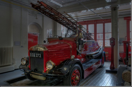 Old Fire Engine in the Fire Brigade Museum (by IanVisits)