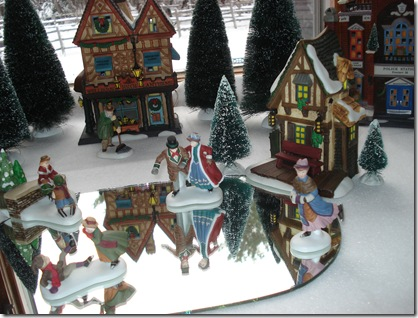 Christmas decorations 2010 023