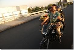 Nader pelas ruas de Teerão
