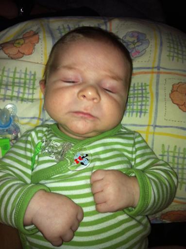 Oskar sover nästan