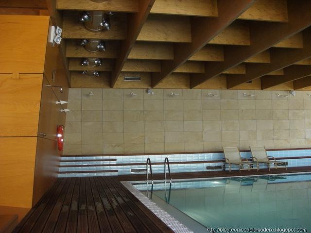 [Piscina Hotel ABBA Burgos3[7].jpg]