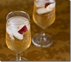 Sparkling_apple_cocktail1