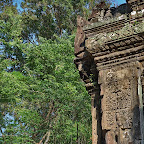 Thommanon Devata (sacred female image) in Angkor Wat style with triple lotus crown with flower spires and a halo of 12 seed pods. Siem Reap, Cambodia - http://www.Devata.org