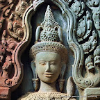 Thommanon 0000 Thommanon Temple   Khmer Devata at the Gate of Victory