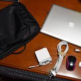 ACアダプタ、電源ケーブル、マウス、Dockケーブルなど