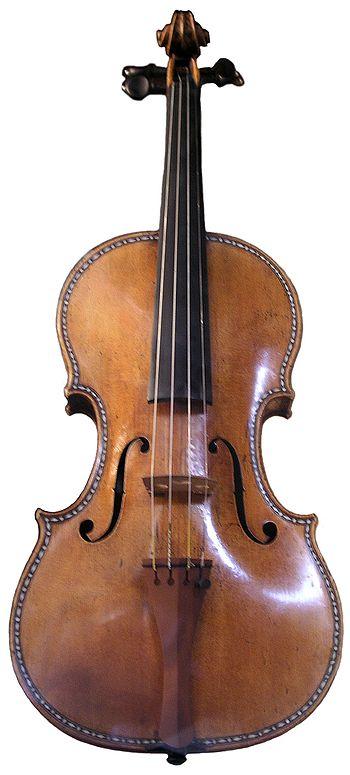 350px-PalacioReal_Stradivarius1.jpg