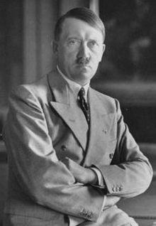 220px-Adolf_Hitler-1933.jpg