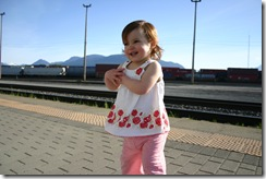 Playing at the train station (19)