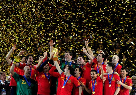 netherlands-0-1-spain-fifa-world-cup-2010-final-highlights-video