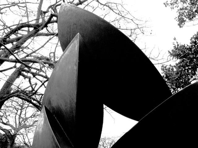 Bastón Díaz - Paseo de las esculturas - Plaza Rubén Darío (9)