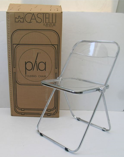 Plia chair with box