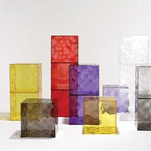 Optic storage cube