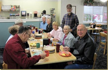 2009-12-05 -1-  AZ, Yuma - Golden Corral - Ron's Birthday Breakfast